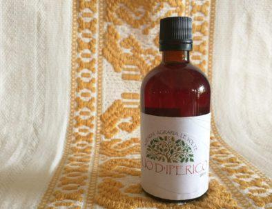 Olio di Iperico prodotto da Agriturismo Le Volte